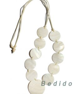 Women's Kabebe Shell Necklace